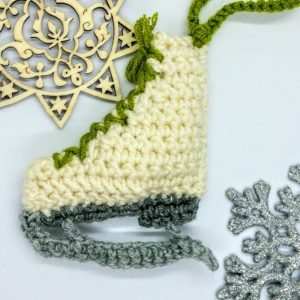 Free Crochet Pattern Christmas Iceskate Bauble