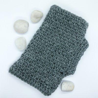 Free pattern crochet fingerless gloves for men