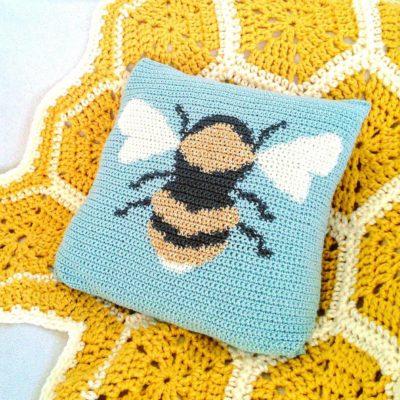 Crochet Cloudberry - Bee Cushion Pattern