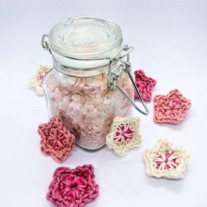 Easy crochet pattern for cherry blossom