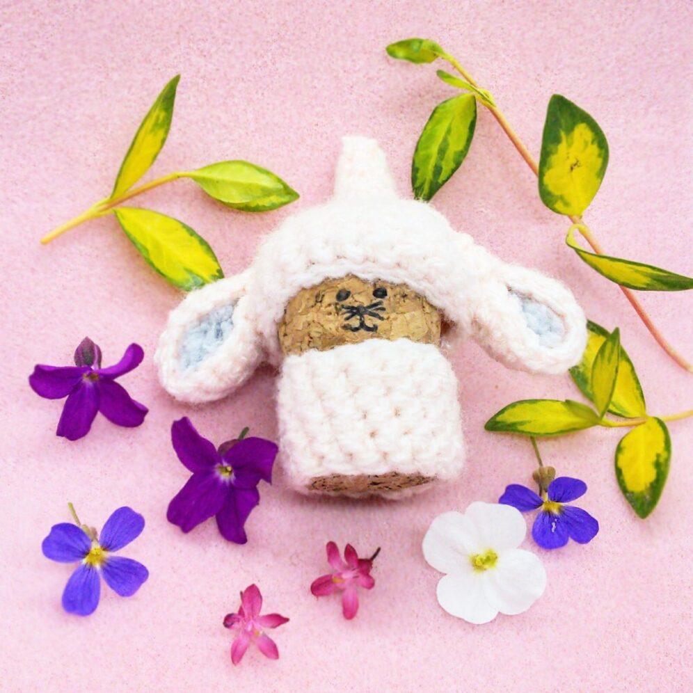 Bunny gnome - free crochet gnome pattern