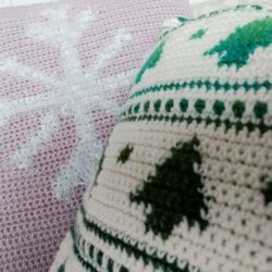 Holiday Pillows Crochet Cloudberry