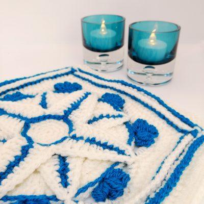 Winter jewels granny square - free crochet pattern - crochet cloudberry