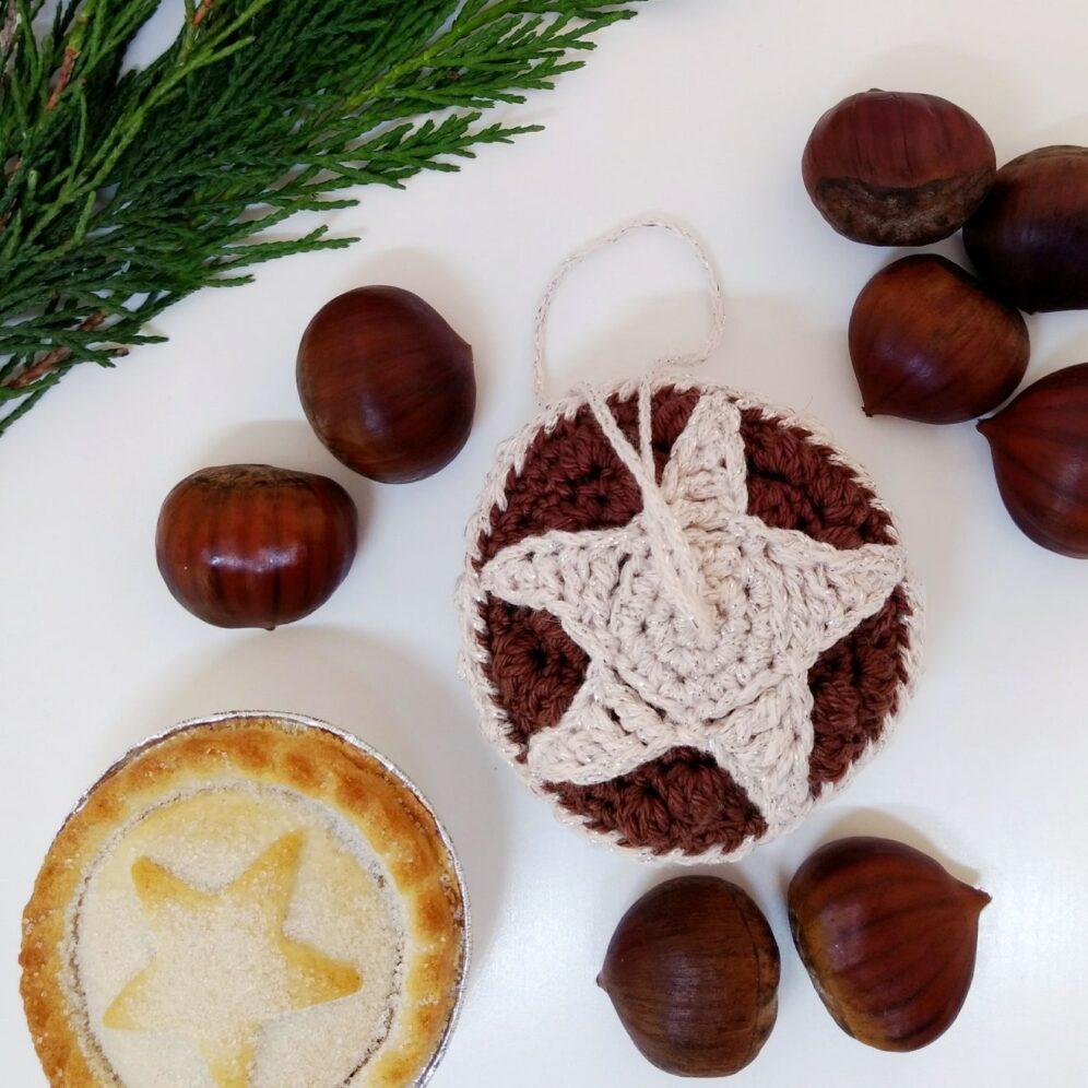 Crochet Mince Pie Bauble - Free Crochet Pattern - Crochet Cloudberry
