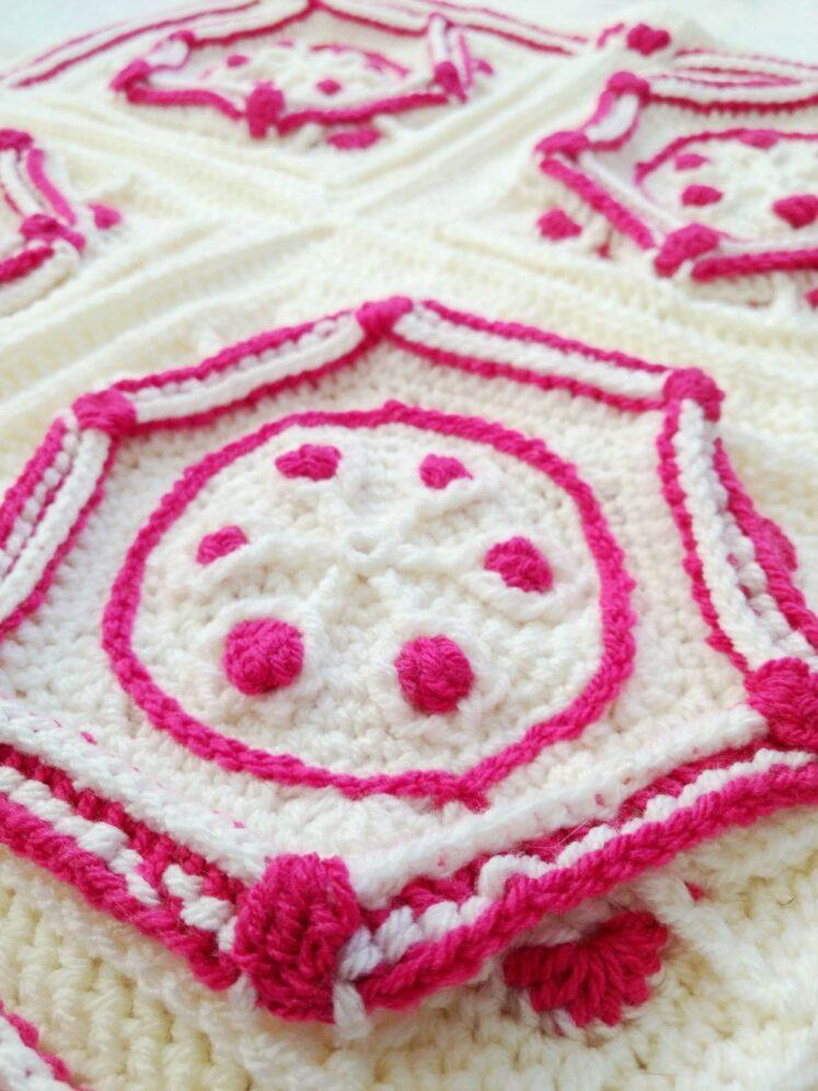 Ruby Hexagon Granny Square Pattern - Winter Jewel Lapghan Free Crochet Along - Free Crochet Pattern - Crochet Cloudberry