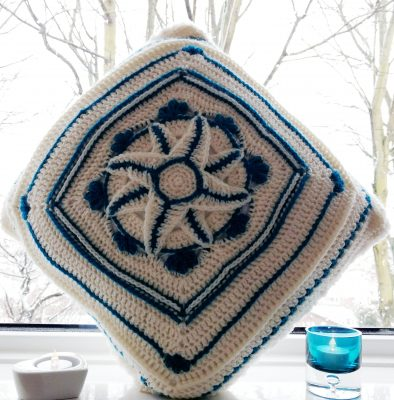 Winter Jewels Cushion Cover - Free Crochet Pattern