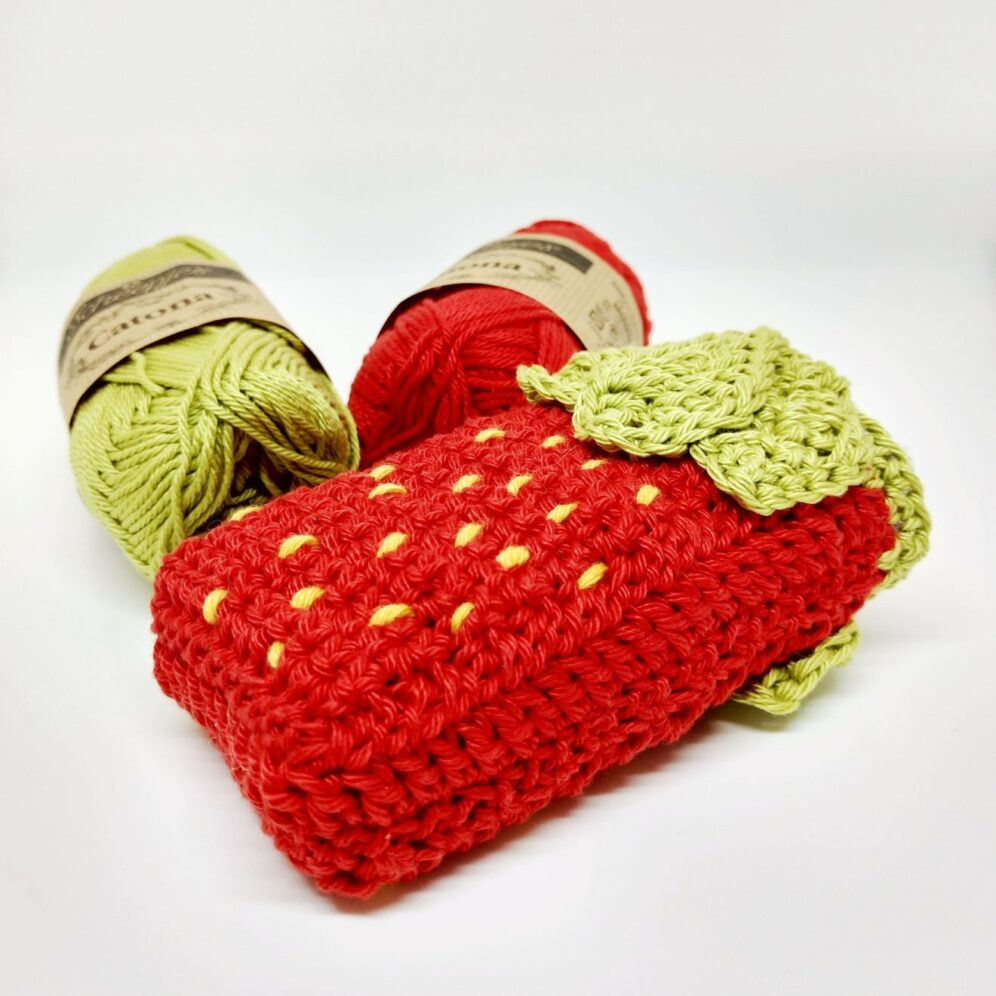 Strawberry Pocket Tissue Holder - Free Crochet Pattern - Crochet Cloudberry