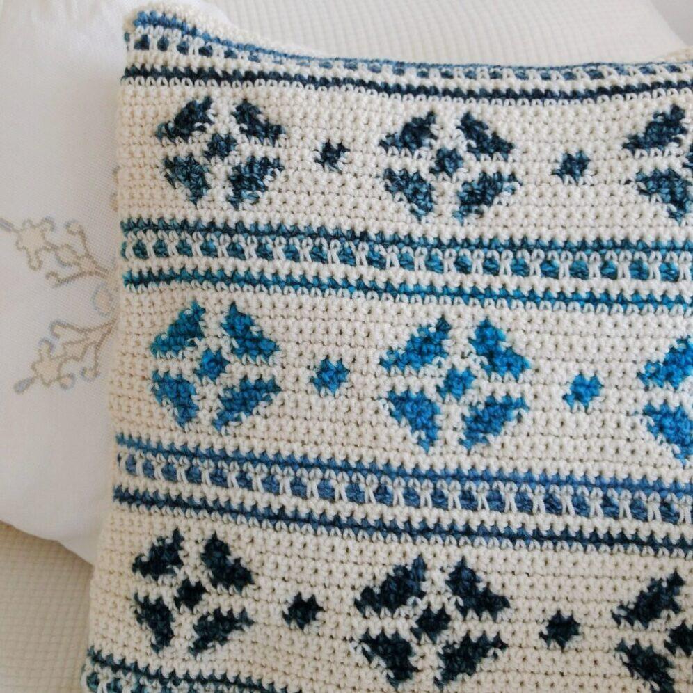 Lagom Snowflake Cushion Cover Crochet Pattern