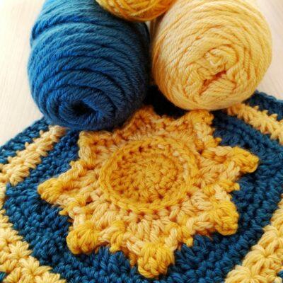 Sun and stars Granny Square - free crochet pattern - crochet cloudberry