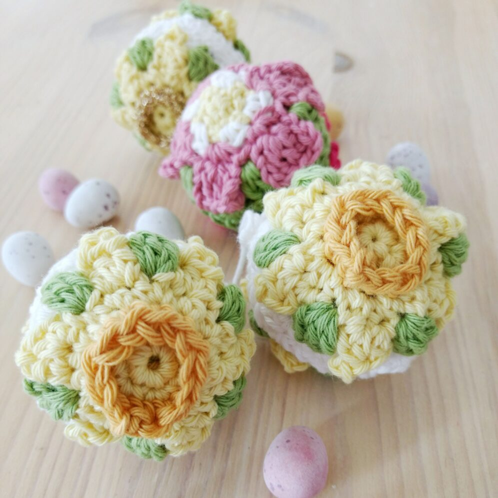 Daffodil Easter Bauble - Free Crochet Pattern - Crochet Cloudberry