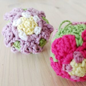 Primrose Easter Tree Bauble - Free Crochet Pattern - Crochet Cloudberry