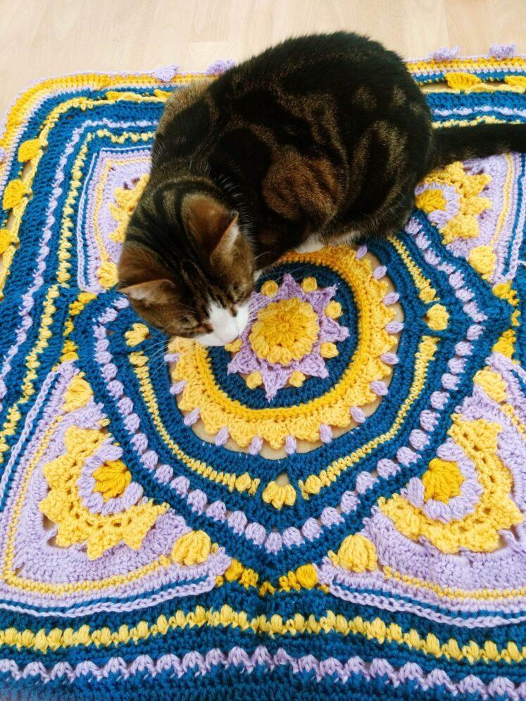 2021 Crochet Blanket - blossom stitch- free crochet pattern - Crochet Cloudberry