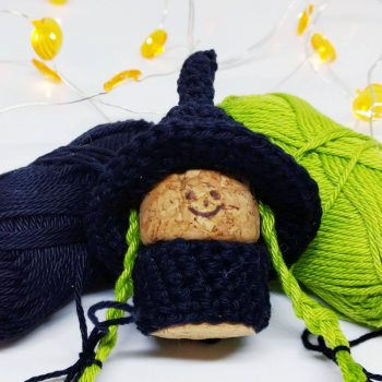 Crochet witch gnome - Free crochet pattern