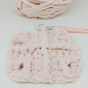Free crochet pattern for baby blanket using chenille yarn - Aldi yarn