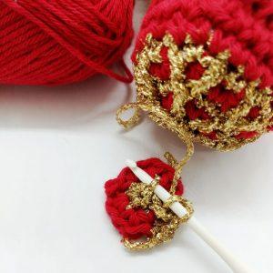 Quick crochet Christmas hanger - free crochet pattern - Crochet Cloudberry